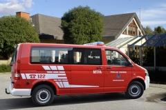 Bus_mit Haenger_02